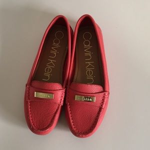 Calvin Klein Leather Women's peach Flats Loafers